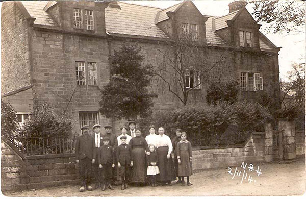 Belgian regugees in Crich 1914