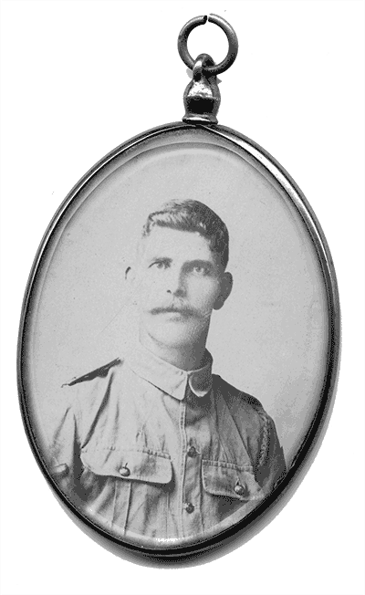 locket photo of Thomas Hartle