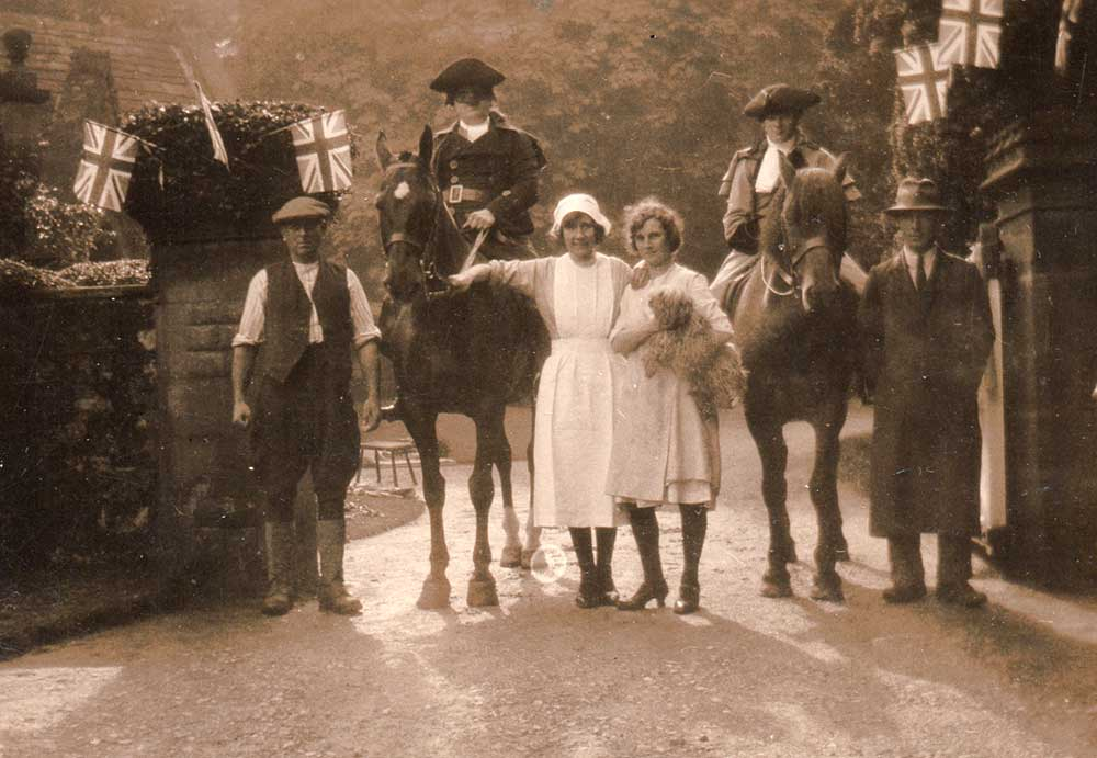 group outside Chase Cliffe c 1920